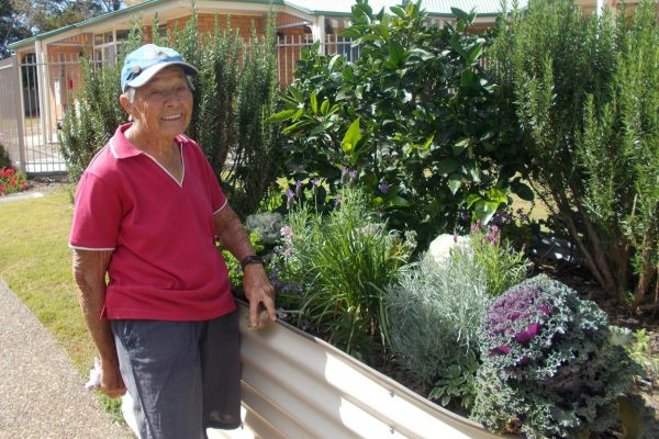 Green-thumb retiree recognised for volunteer work