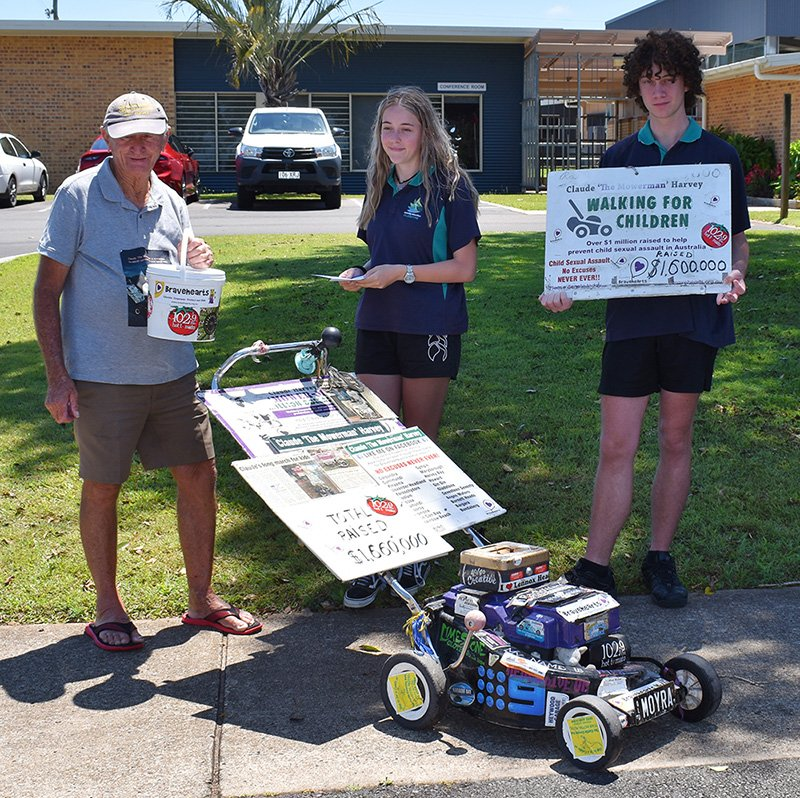 Claude Harvey with students Jett Mann and Imogen Steer at Carinity Education Glendyne.