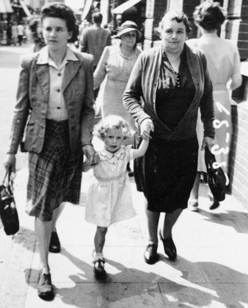 Winifred with her mother Beatrice and daughter Margaret.