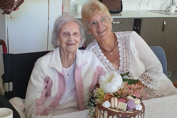 Mudgeeraba centenarian celebrates 101st birthday